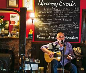 """England: Im Pub """"Durham Ox"""" in Crayke gibt es gutes Bier, gutes Essen und manchmal auch gute Musik"""