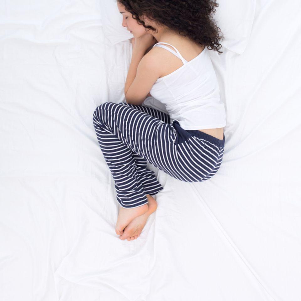 Schlafpositionen: Embryohaltung
