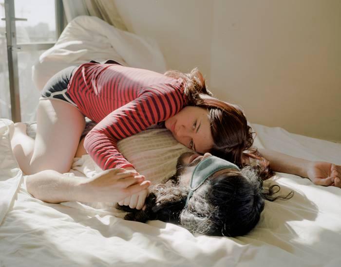"""""""Intimate Strangers"""": Fremde in vertrauter Pose: Lässt sich Nähe inszenieren?"""