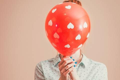 5 Dinge, die schüchterne Menschen attraktiv machen