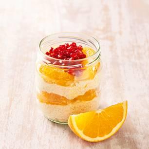 Couscous schmeckt auch in der süßen Variante zum Frühstück. Zum Rezept: Sweet-Orange-Couscous
