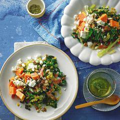 Linsen überzeugen durch einen sehr hohen Eiweißanteil. Sie sind reich an Ballaststoffen und sorgen so für ein langanhaltendes Sättigungsgefühl. Die Papaya verleiht diesem Salat eine köstliche Frische. Zum Rezept: Papaya-Linsen-Salat