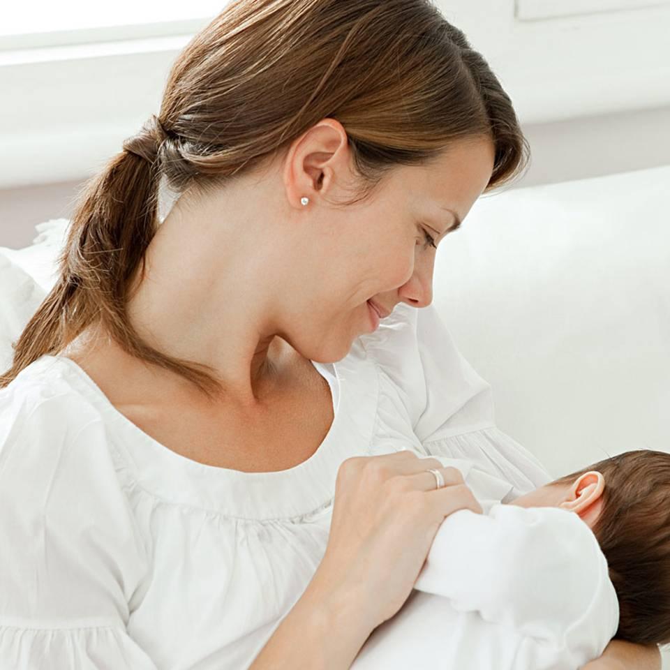 Warum Stillen so gesund ist - auch für Mütter