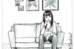 Die Illustratorin Idalia Candelas hat einige Jahre in Mexiko-Stadt gelebt, einem der wohl hektischsten Orte der Welt. Millionen von Menschen hetzen Tag für Tag durch die von Autos verstopften Straßen, ein Hochhaus reiht sich an das nächste. Vielleicht sind genau deshalb Momente der Einsamkeit ein wiederkehrendes Motiv in ihren Arbeiten - einem Mix aus Tinte, Wasserfarben und digitaler Illustration. Sie zeichnet Frauen in alltäglichen Situationen, aber immer allein. Gerade weil wir theroretisch ständig kommunizieren (danke, Internet!), ist es so wichtig, immer mal wieder abzuschalten und für sich zu sein. Statt sich Gedanken darüber zu machen, was wir womöglich gerade alles verpassen oder als nächstes erledigen / erleben könnten, sollten wir das Alleinsein und die Ruhe genießen. Ganz wie die Frauen in Candelas' Bildern.