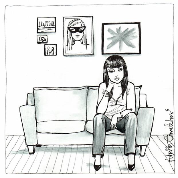 Alleinsein: Die Illustratorin Idalia Candelas hat einige Jahre in Mexiko-Stadt gelebt, einem der wohl hektischsten Orte der Welt. Millionen von Menschen hetzen Tag für Tag durch die von Autos verstopften Straßen, ein Hochhaus reiht sich an das nächste. Vielleicht sind genau deshalb Momente der Einsamkeit ein wiederkehrendes Motiv in ihren Arbeiten - einem Mix aus Tinte, Wasserfarben und digitaler Illustration. Sie zeichnet Frauen in alltäglichen Situationen, aber immer allein. Gerade weil wir theroretisch ständig kommunizieren (danke, Internet!), ist es so wichtig, immer mal wieder abzuschalten und für sich zu sein. Statt sich Gedanken darüber zu machen, was wir womöglich gerade alles verpassen oder als nächstes erledigen / erleben könnten, sollten wir das Alleinsein und die Ruhe genießen. Ganz wie die Frauen in Candelas' Bildern.