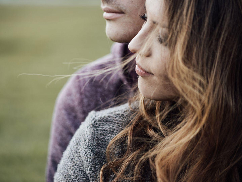Paartherapeutin warnt: Mit welcher Angewohnheit du deine Beziehung ruinieren kannst
