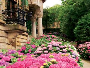 Radtour: Die Villa El Capricho war die Sommerresidenz eines reichen Indianos.