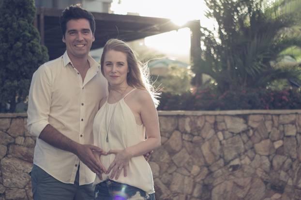"""Gefahr für Babys: Große Liebe: Sophia ist mit Ivan vor ein paar Jahren nach Rio de Janeiro ausgewandert. Über ihr Leben dort schreibt sie auch auf ihrem Blog """"style. pray. love."""""""