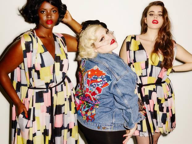 XL-Statement: Gleicher Schnitt, anderes Muster: Die tollen Sommerkleider kosten umgerechnet ca. 311 Euro, die bestickte Jeansjacke rund 221 Euro.
