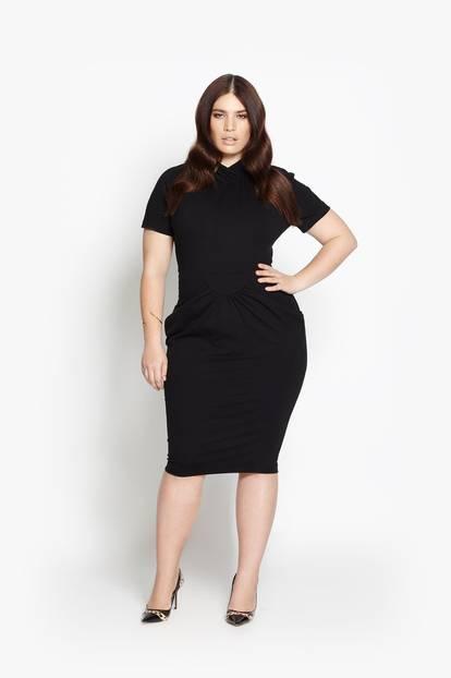 XL-Statement: Wer es klassischer mag, wählt das figurbetonte Kleid in Schwarz - es kostet ebenfalls um 221 Euro.