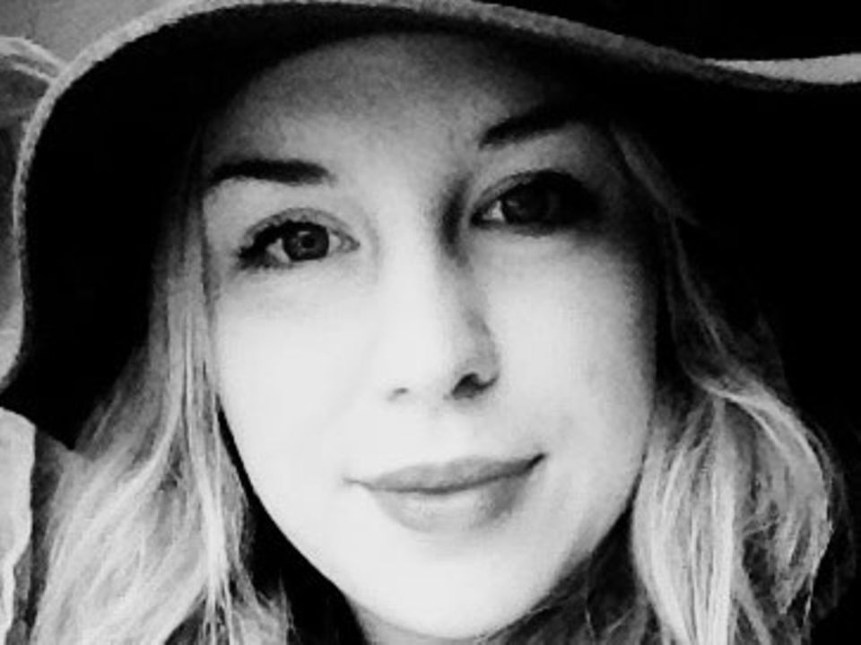 Wiebke Bargstedt (21) ist auf einem Obsthof im Kehdinger Land großgeworden. Nach ihrer Ausbildung zur Bürokauffrau zog es sie als Au Pair nach London. Zurzeit holt sie in Münster ihr Abitur nach.