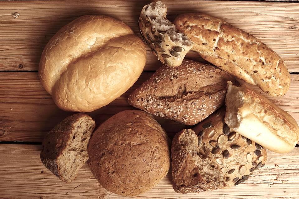 Hartes Brot sofort wieder frisch - mit diesem kleinen Trick