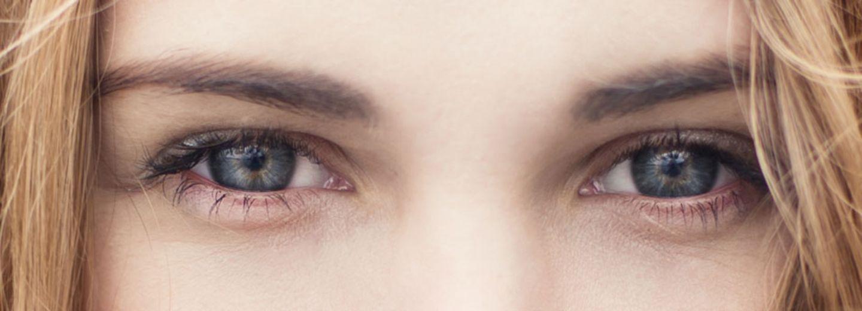 Das sagt die Form deiner Augenbrauen über dich aus