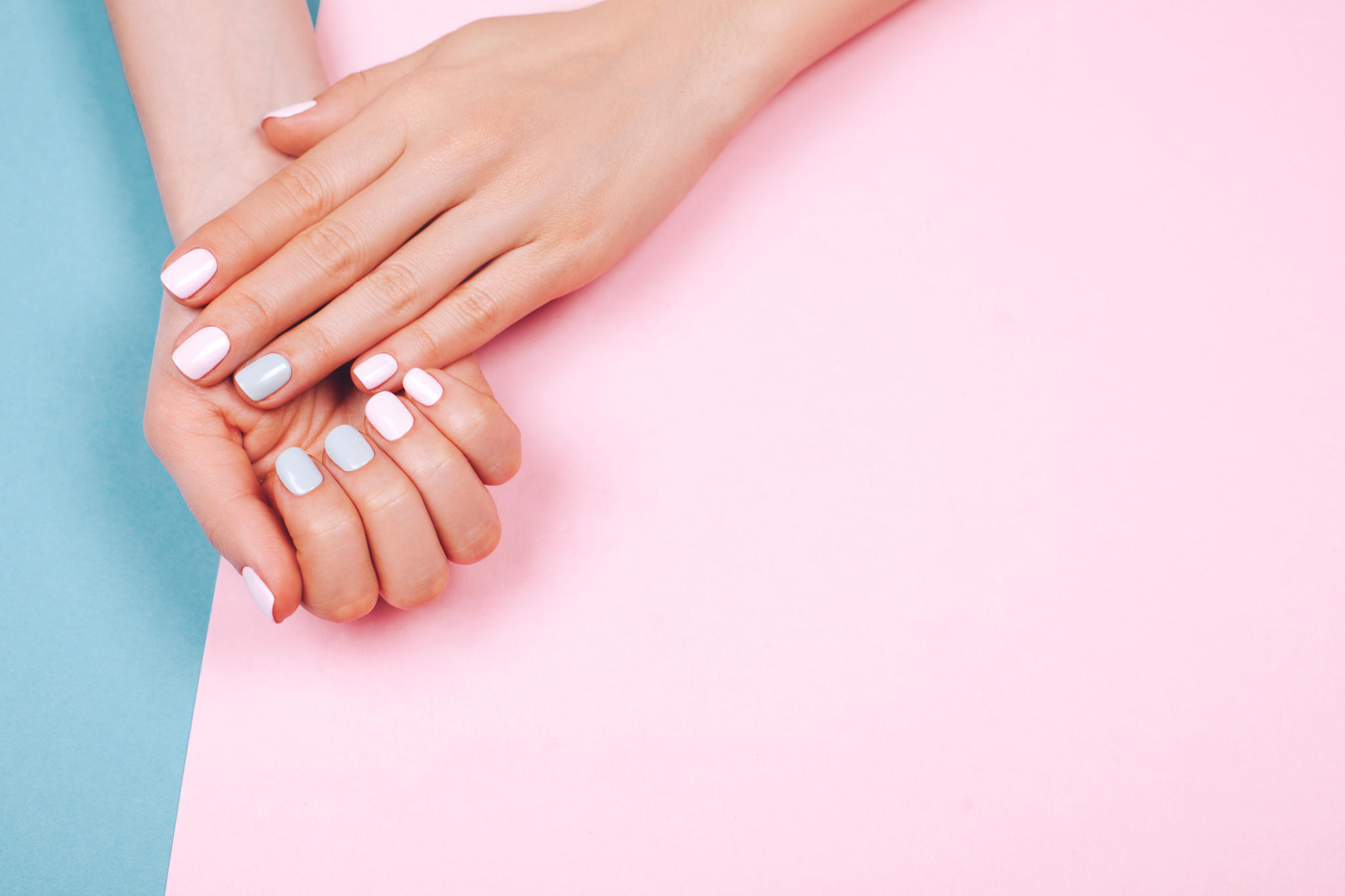 Nagellack Aufpimpen Diese 10 Mini Ideen Fur Unsere Nagel Sind