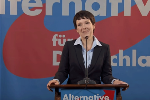 So veralbert Carolin Kebekus AfD-Frau Frauke Petry