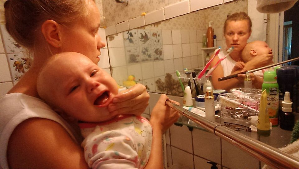 Mutter dokumentiert ihre Babypause mit dem Selfie-Stick