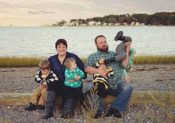 cheese lustige familienfotos wenn oma mit der wurst. Black Bedroom Furniture Sets. Home Design Ideas