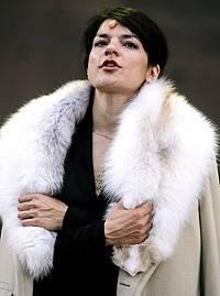 Jasmin Tabatabai als Kriemhild