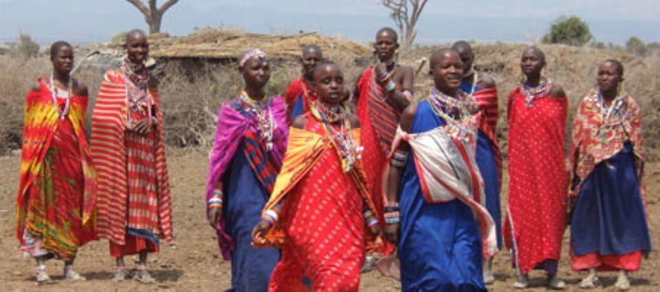 Die Massai: Einer der vielen Volksstämme in Kenia.