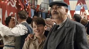 """Monsieur Pigoil und sein Sohn müssen in """"Paris Paris"""" ein schweres Schicksal meistern"""