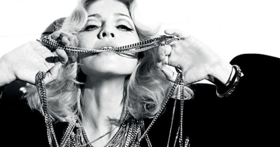 So kennen wir Madonna: lasziv, verführerisch, stark.