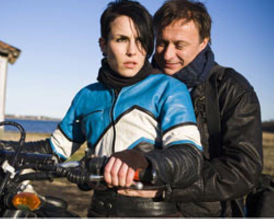 Unerwartete Unterstützung bekommt Blomkvist dabei von der Hackerin Lisbeth Salander (Noomi Rapace)