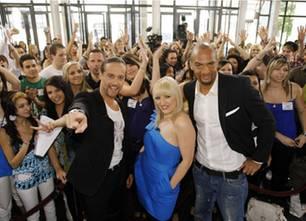 """In der neuen Popstars-Staffel """"Du & Ich"""" suchen Songwriterin Michelle Leonard, Produzent Alex Christensen und Choreograf Detlef D! Soost das Duo des Jahres."""