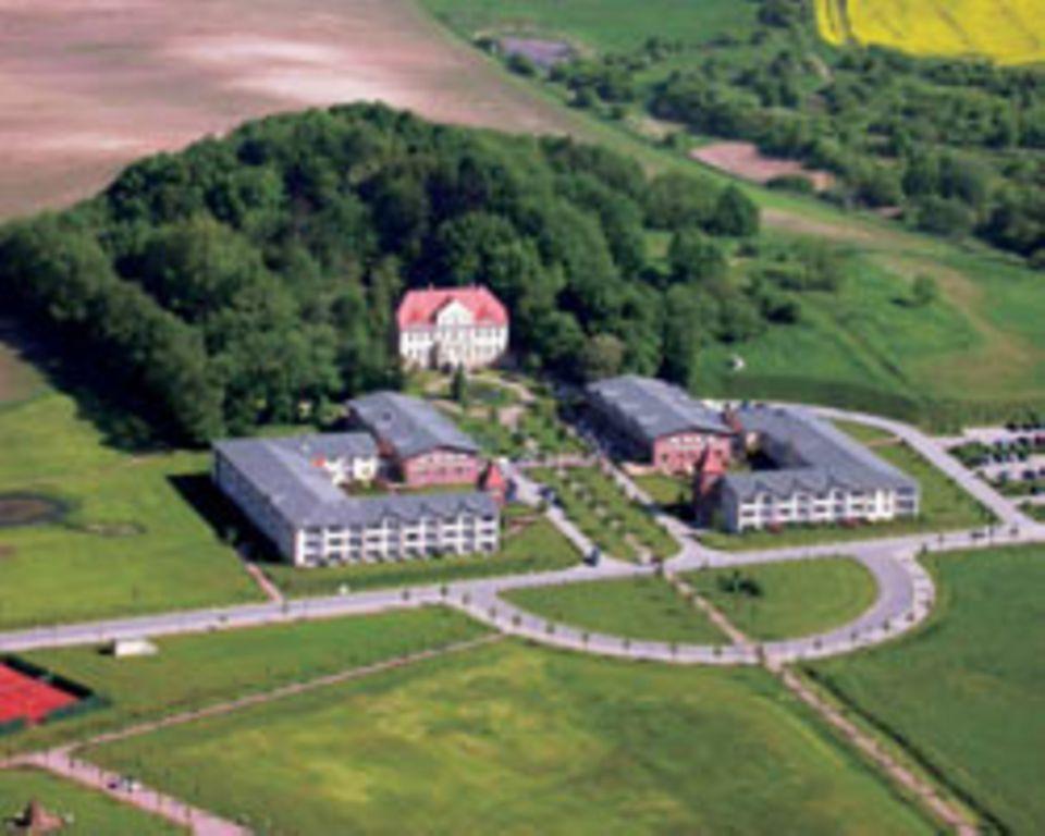 Das Steigenberger Hotel auf Rügen von oben.