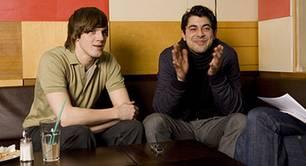 Konrad Wissmann (links) und Leonard Valentin Lazar sind zwei Drittel der Band Ruben Cossani.