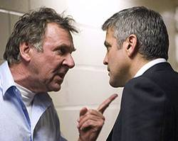 Arthur Edens (Tom Wilkinson) und Michael Clayton (George Clooney)
