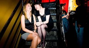 Klassischer Gesprächsstoff beim Mädelsabend: Liebe, Sex und Männer natürlich