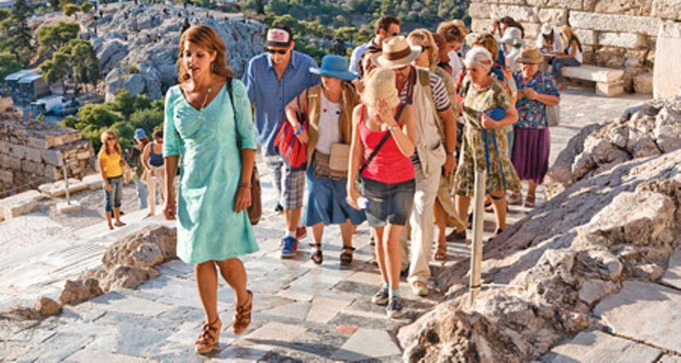 Geschichtsprofessorin Georgia (Nia Vardalos) arbeitet als Reiseführerin in Griechenland