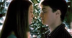 Harry (Daniel Radcliffe) verliebt sich in Ginny (Bonny Wright)