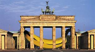 "Thomas Baumgärtel: ""Banane im Brandenburger Tor"", Projekt für Berlin, Collage"
