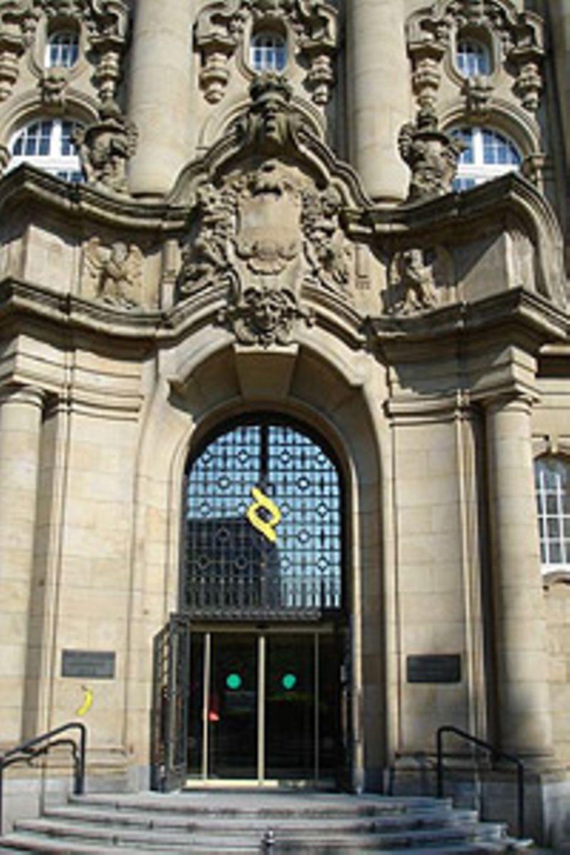 Spraybanane und Paragraphenbananen am Oberlandesgericht Köln