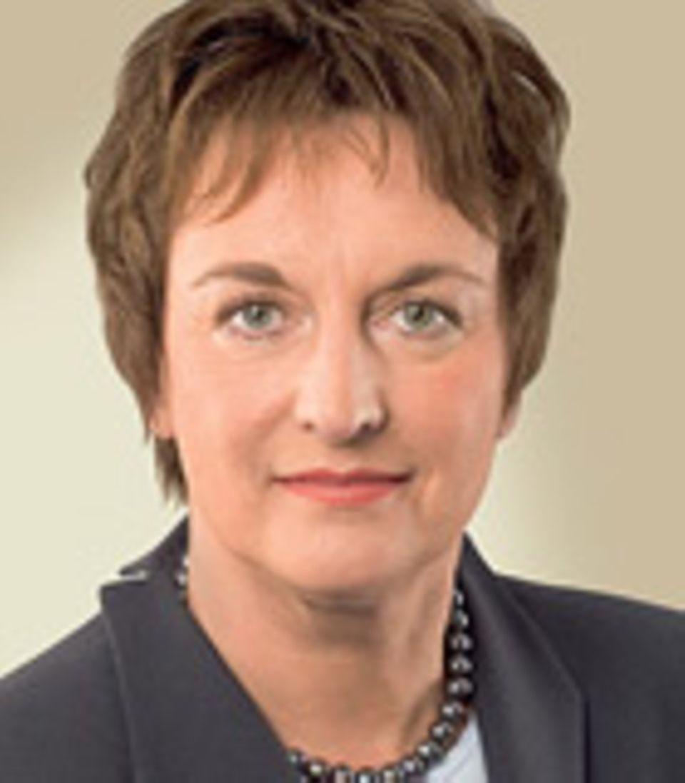 Politikerinnen online: Wie präsentieren sich Merkel & Co. im Netz?