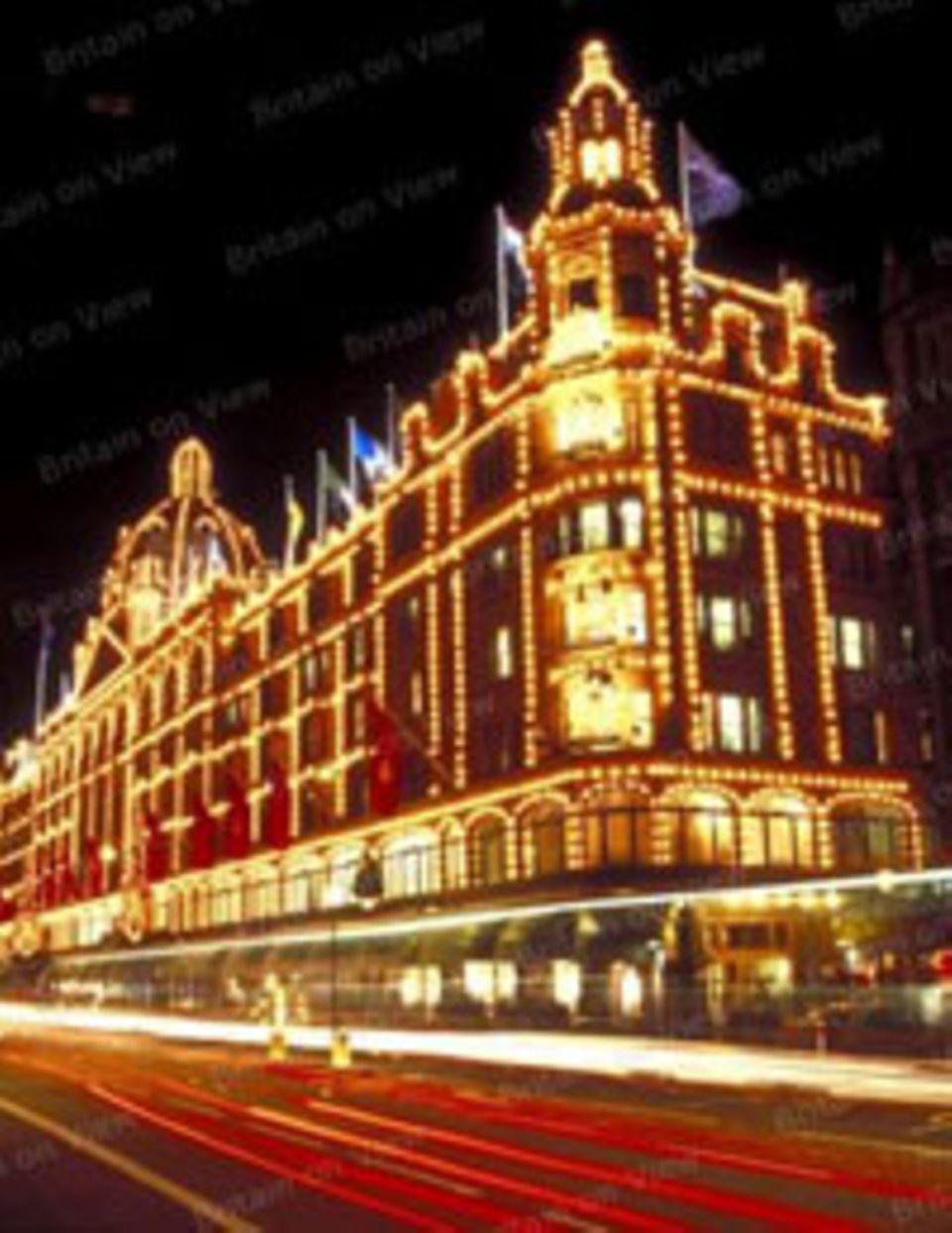 """Knightsbridge, London"""