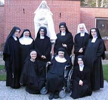 Maria und ihre Schwestern. Allein möchte sie sich nicht fotografieren lassen - im Kloster zählt die Gemeinschaft mehr als der Einzelne.