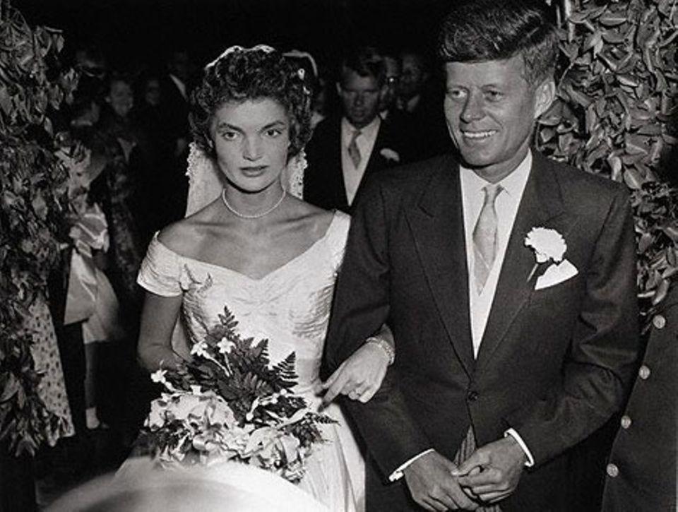 Jacqueline Bouvier und John F. Kennedy am 12. September 1953