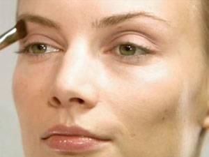Make-up-Tutorial: Schminkschule: Lidschatten richtig auftragen