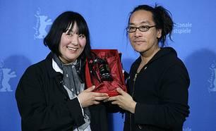 Regisseur Kumasaka Izuru mit Produzentin Keiko Araki