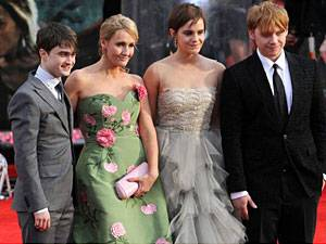 """Neues Buch: J.K. Rowling und die """"Harry Potter""""-Crew: Mut ist eine ihrer besten Eigenschaften"""