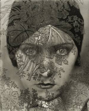 Gloria Swanson by Edward Steichen 1924 Vanity Fair, Februar 1928