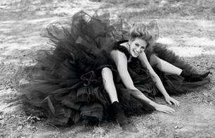 Julia Roberts, New Orleans, by Herb Ritts 1993 Vanity Fair, October 1993