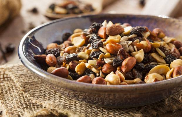 Snack-Check: Fernseh-Knabbereien: Bestehen sie den Ernährungs-TÜV?