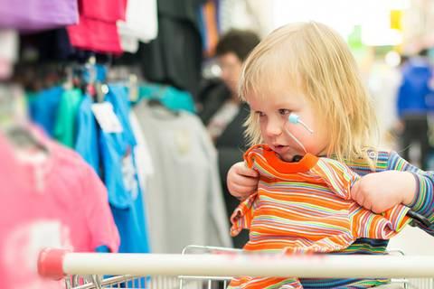 Aldi, Lidl, Tchibo: Welche Discounter giftfreie Textilien verkaufen