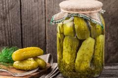 10 Snacks, die ihr abends bedenkenlos naschen könnt
