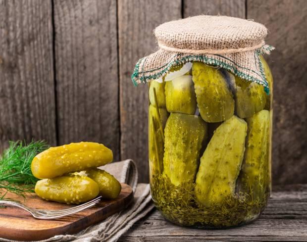 Naschen ohne Reue: 10 Snacks, die ihr abends bedenkenlos naschen könnt