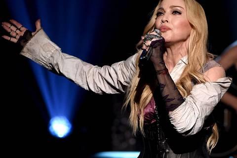 """Madonna singt """"Imagine"""" für die Opfer von Paris"""