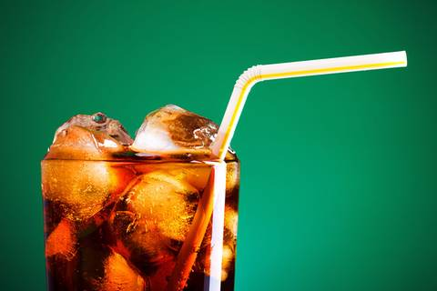"""""""Kluge Leute trinken keine Cola"""""""